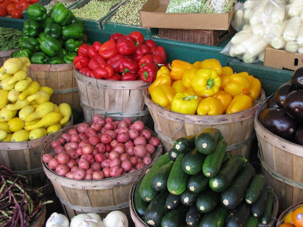 Guide to summer farmers markets