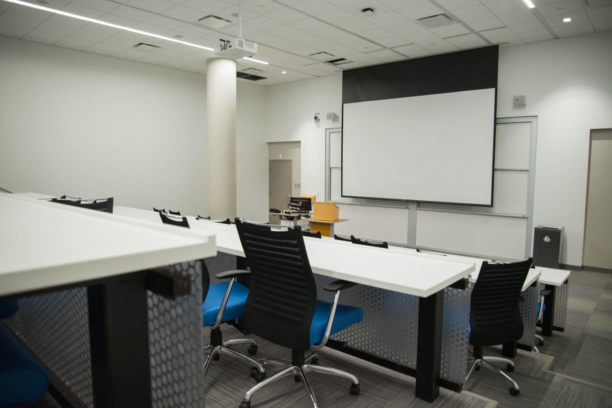 +East+Village+also+features+several+classrooms+in+its+basement%2C+many+with+projectors+and+copious+amounts+of+seating.