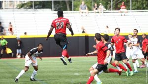 Men's soccer falls to UD, wins matchup at Holy Cross