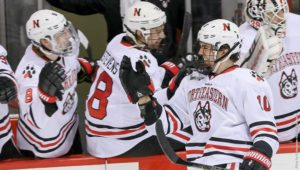 Huskies stay hot, sweep another series