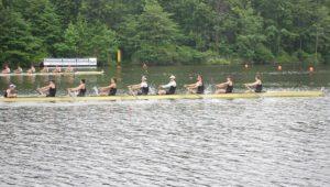 Men's rowing closes season with a bang