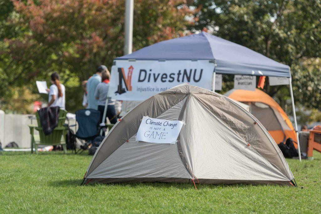 %5BUPDATED%5D+Divestment+student+group+occupies+Centennial+Common