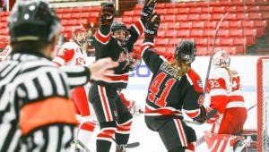Women's hockey takes down Dartmouth, BU