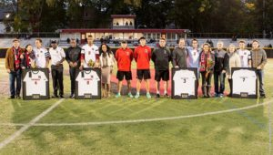 Men's soccer extends winning streak