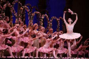 "Boston Ballet kicks off season with ""Le Corsaire"""