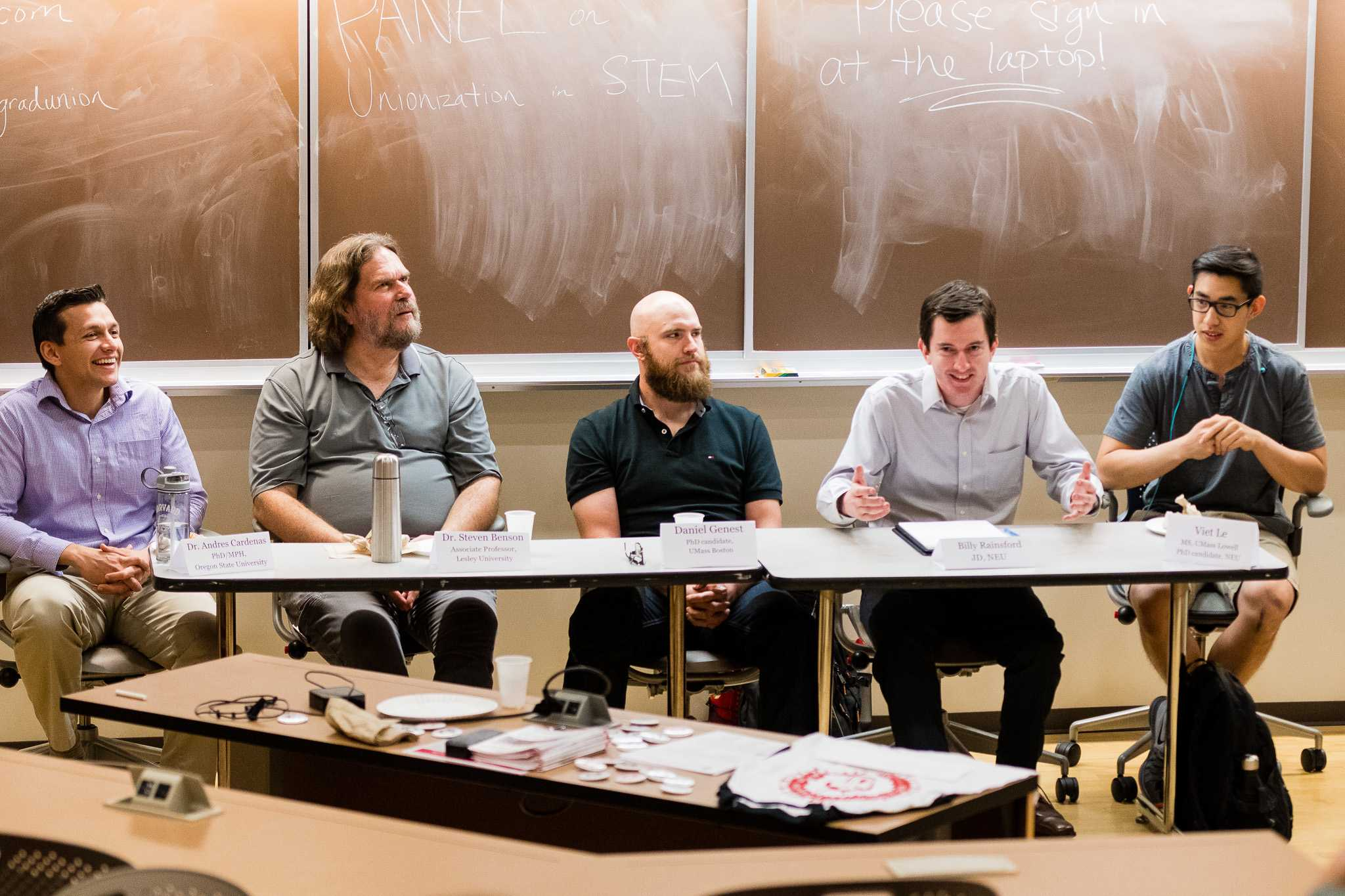 A panel of five past and present union members discussed Graduate Employees of Northeastern University's push to unionize.  / Photo by Brian Bae