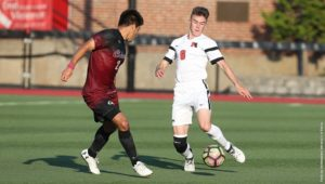 Men's soccer grinds through difficult stretch