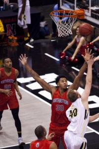 Men's basketball starts season 2-0 thanks to balanced offense