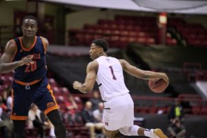 Third game of homestand brings third straight win for men's hoops