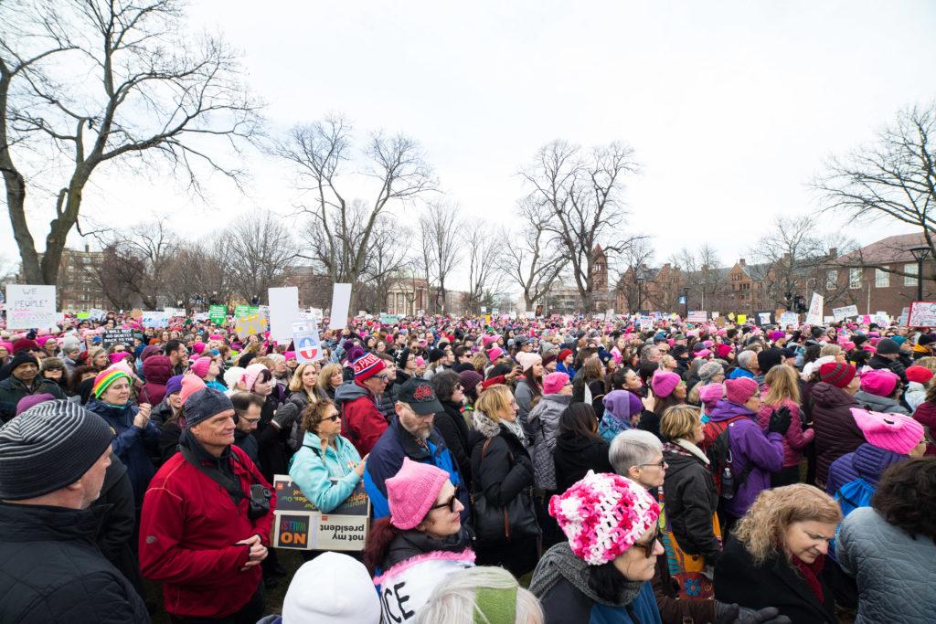 Cambridge+police+estimate+10%2C000+people+came+to+Cambridge+Common+for+the+Women%27s+March.+%2F+Photo+by+Alex+Melagrano.+