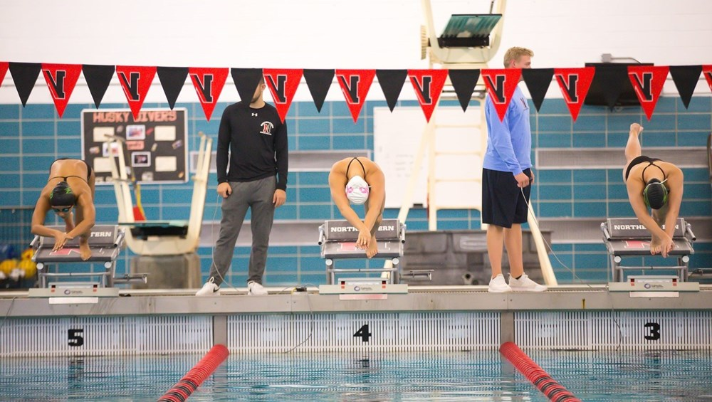 Swimming and diving team trains, explores culture in Dublin