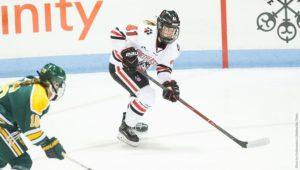 Women's hockey battles back from two down, ties rival BU 3-3