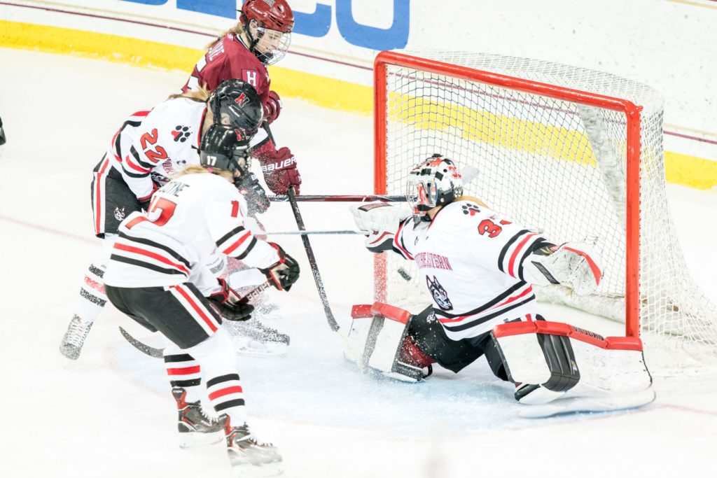 Women's hockey sweeps UNH in Hockey East Quarterfinals - The