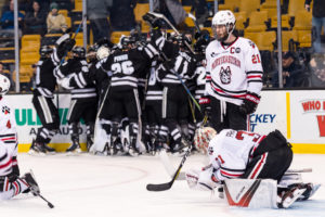 Men's hockey loses in semifinals, focuses on NCAA tournament