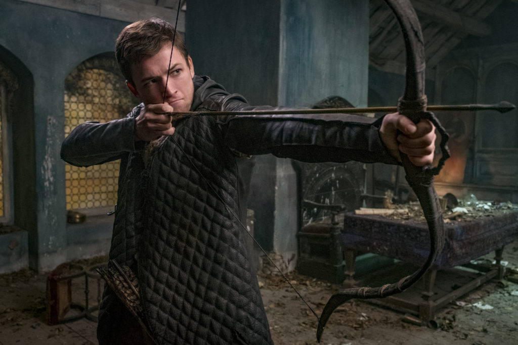 Review: 'Robin Hood' steals from better movies and gives nothing in return