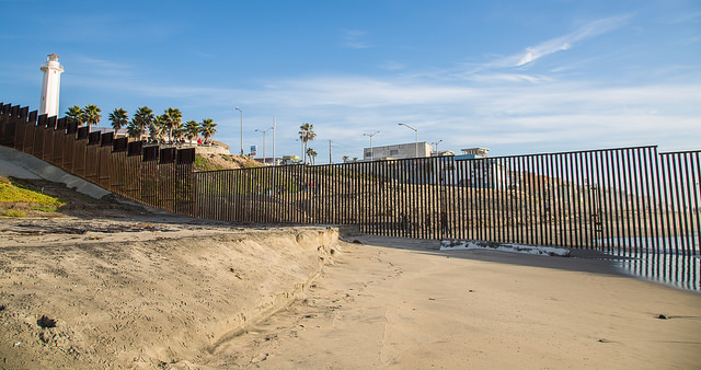 Just+south+of+San+Diego%2C+this+fence+separates+the+United+States+and+Mexico.