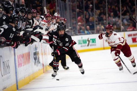 Huskies start and end Thanksgiving break with wins against UVM and RIT