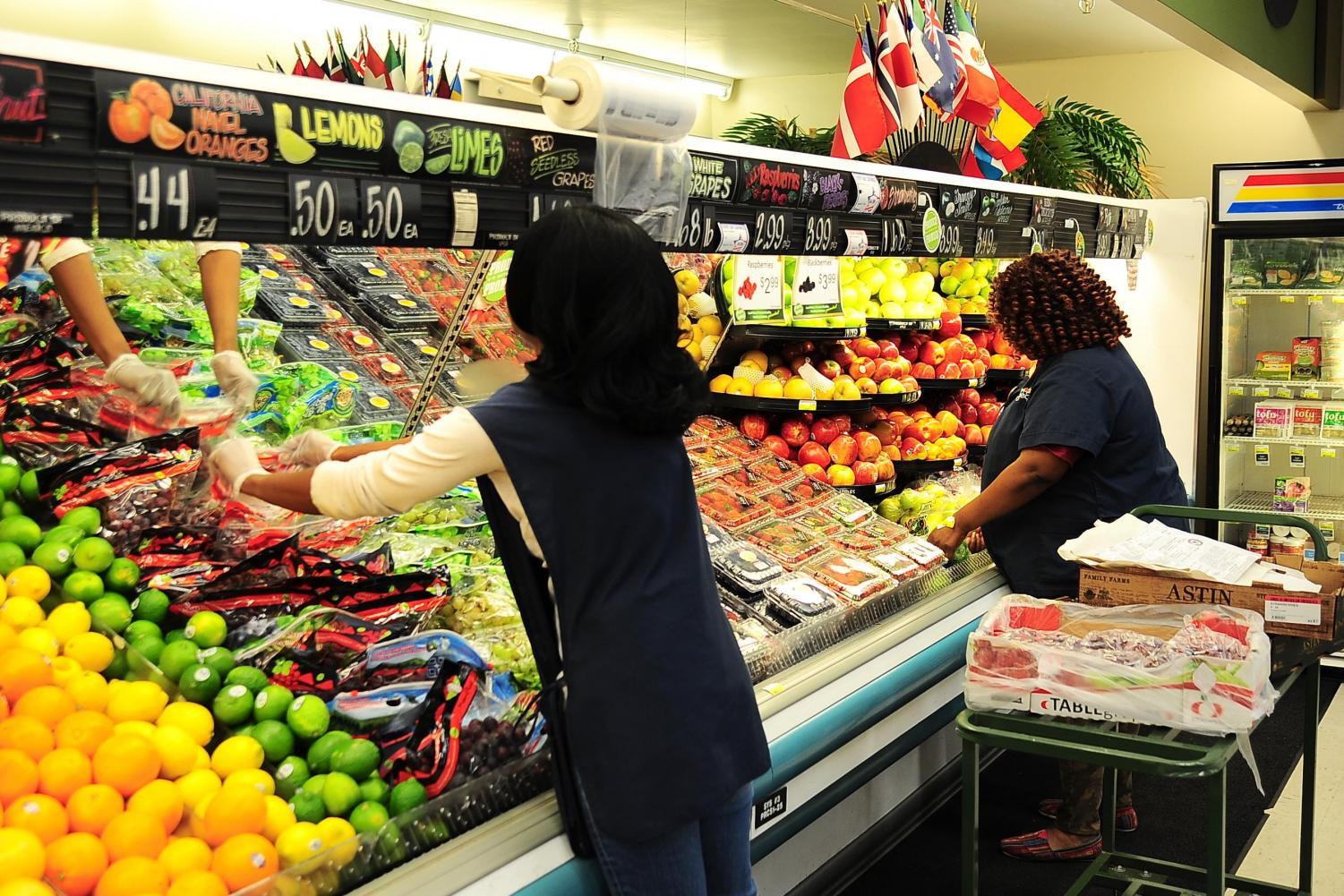 Cooperative food markets have had an unsuccessful run in Boston. Most residents fulfill their grocery needs by shopping at major grocery stores like Stop & Shop, Whole Foods and Target.