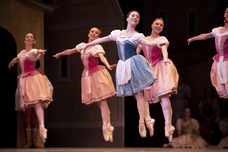 Boston Ballet Principal Dancer Misa Kuranaga performs with the corps de ballet in a dress rehearsal for