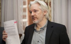 Column: Assange arrest spells trouble for the First Amendment