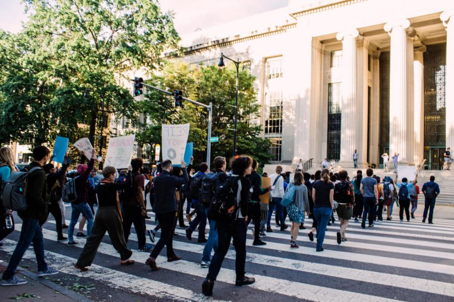 MIT+students+protest+over+the+institution+accepting+Epstein%27s+donations.