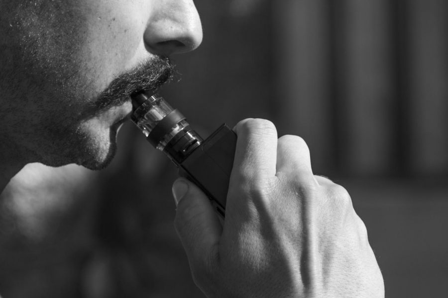 Vaping%2C+popular+at+Northeastern+and+at+colleges+around+the+country%2C+has+been+banned+in+Massachusetts%2C+leading+to+mixed+reactions.