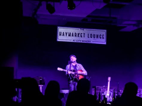 Joshua Davis performs in the Haymarket Lounge at the City Winery Nov. 14.