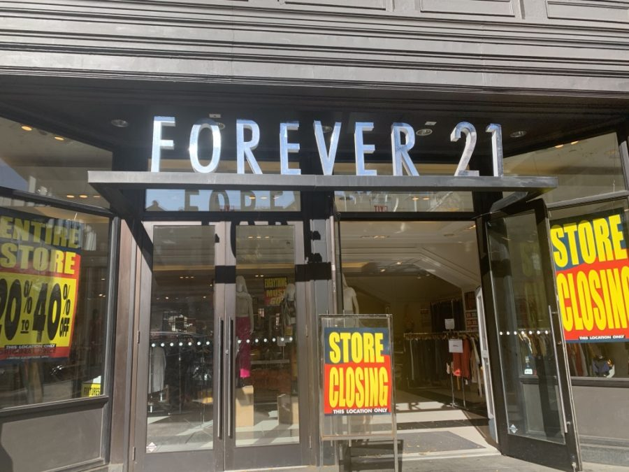 The+Forever+21+on+Newbury+Street+features+signage+revealing+that+the+location+is+closing%2C+a+result+of+the+company+filing+for+Chapter+11+bankruptcy+in+September.+