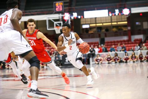 Walker impresses early as NU's newest point guard