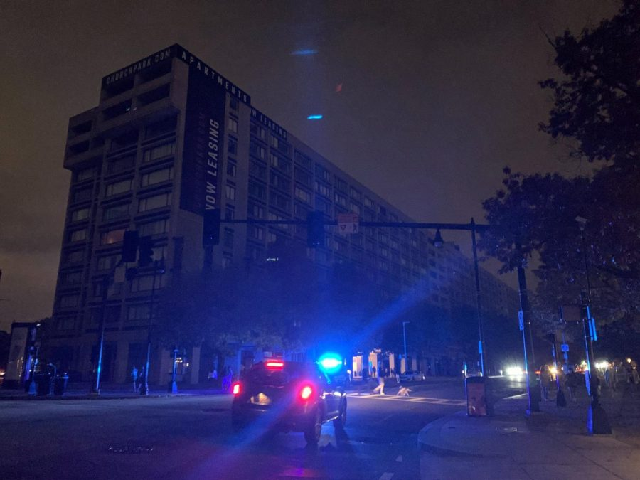 A major power outage in Boston Thursday night put just under 1000 Eversource customers, including parts of Northeastern's campus, out of power.