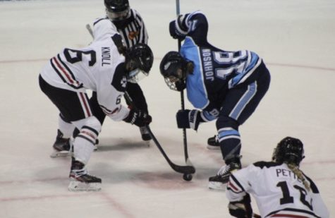 No. 4 women's hockey topples visiting Maine Black Bears 3-2 in overtime