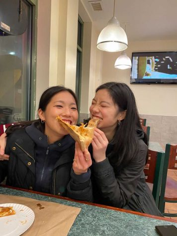 Sisters Winnie and Karen Li share a love of food through their Instagram account, Quaraneat.