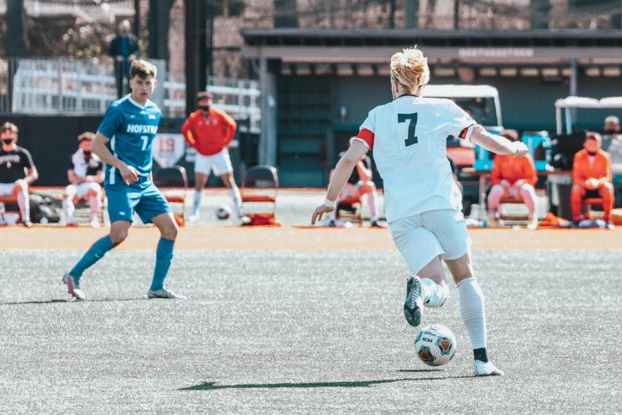The Northeastern Huskies drew against Hofstra 2-2 in overtime, in a closely contested match March 21.