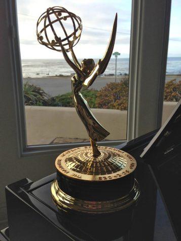 Column: #EmmysSoWhite trends again